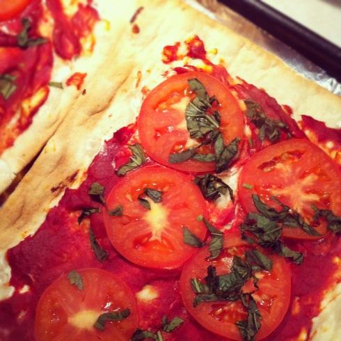 baked margherita pizza