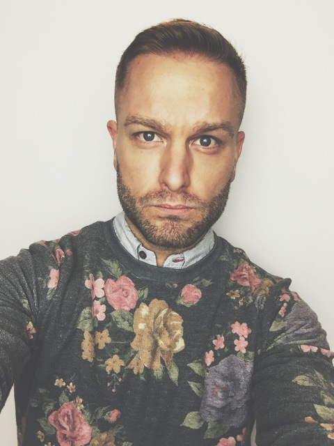 Yes. Men wear floral.