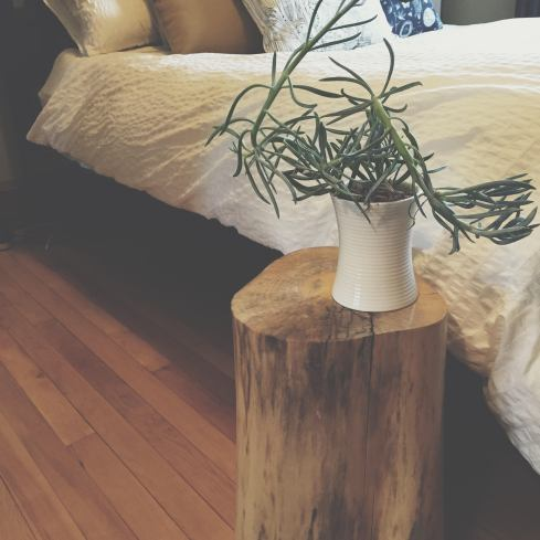 DIY Stump Table